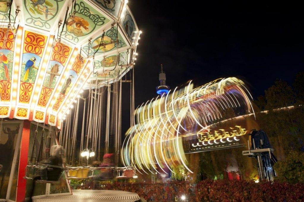 Карнавал Света в парке развлечений «Линнанмяки»