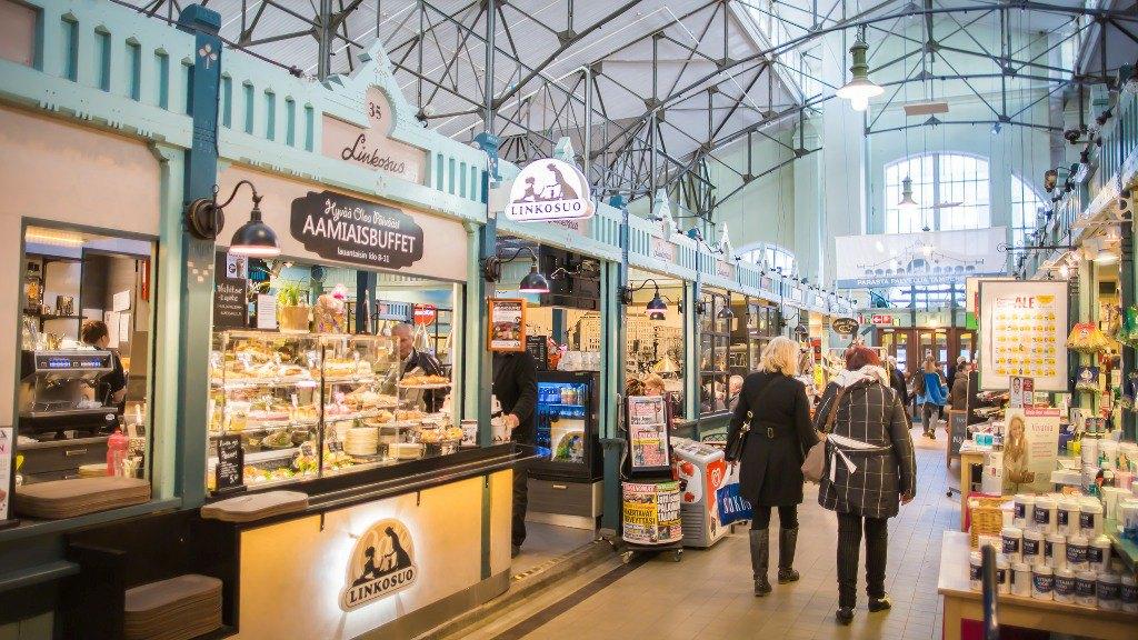 Крытый рынок Kauppahalli. Фото: Visit Tampere / Laura Vanzo